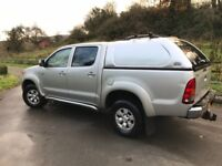 Toyota Hilux D-4D 4WD Silver Invincible double cab one owner from new!