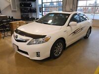 2010 Toyota CAMRY HYBRID Premium Package with Navigation