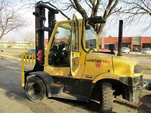 2010 HYSTER FORKLIFT 15500LB CAP.WITH DIESEL ENGINE AND INCLOSE CAB AND HEATER AND AC.