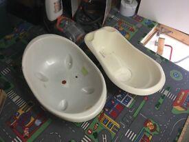 2 baby bathtub £5