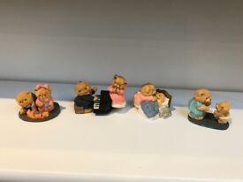 Cute bear figurines