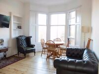 WEEKLY - MONTHLY LET - NEW APARTMENT - 2 BEDROOMS AND 2 BATHROOMS - GLASGOW - FREE WI-FI