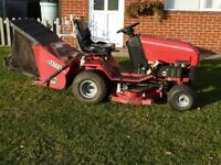 "Westwood T1600 Ride on lawnmower Mower 38"" Cut 16HP V Twin Brggs & Stratton Engine, rear sweeper"