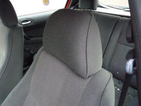 Pair of Front Headrests - Alfa 147 1.6ts 2003