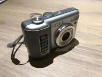 Samsung digimax D103 digital camera, full working order includes case and instructions