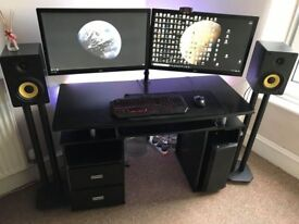 Desktop PC, Workstation, 256SSD, 2TB HDD, 16GB RAM, GTX970, I7 4970K 4.4GHz, Monitor 144Hz