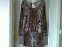 M/L printed dress