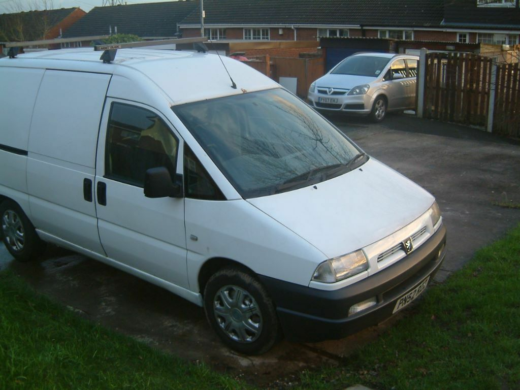 2002 peugeot expert 2 0 hdi panel van no vat spares repairs in stanley west yorkshire. Black Bedroom Furniture Sets. Home Design Ideas