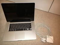 MacBook Pro 13.3 inch 2009 250GB