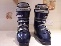 Lange ski boots, ladies ski jacket & 2 pairs of mens black size 34 (m) salopettes.