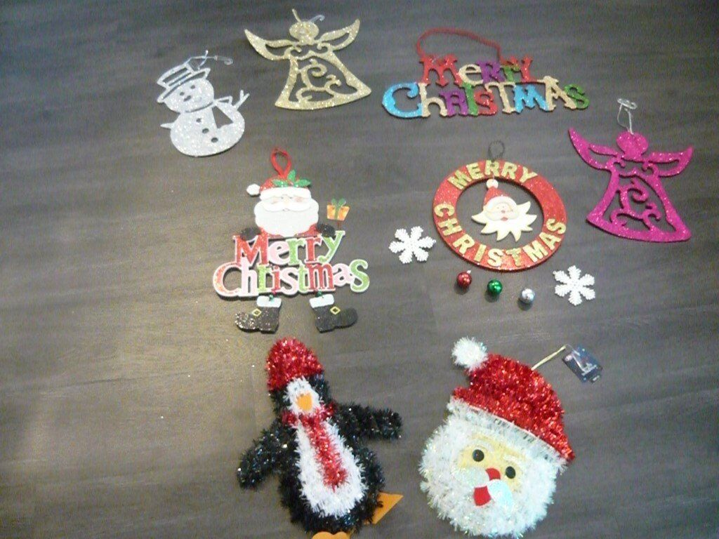 christmas wall hanging decorations x 8 new