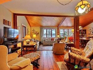 465 000$ - Maison à un étage et demi à vendre à Carignan