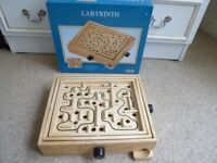 LABYRINTH - WOODEN BOARD GAME