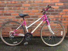 """Women's Town Bike 28"""" 10 speed"""