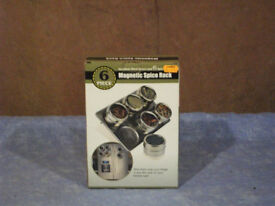 Magnetic Spice Rack. 6 piece Magnetic Spice Rack