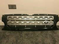Land rover Discovery 3 grey and silver front grille