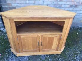 Solid oak tv unit (delivery available)