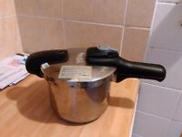 Used Japanese pressure cooker, 3.5 L, collection only
