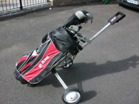 R/H CLUB GOLF SET INC. BAG, TROLLEY, PUTTER, BALLS & TEES -EVERYTHING YOU NEED TO START PLAYING GOLF