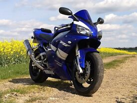 Yamaha R1 1999 low miles - beautiful and immaculate