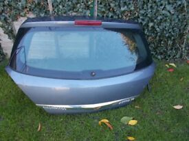 vauxhall astra h parts/panels etc