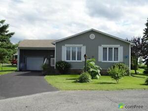 $274,000 - Bungalow for sale in Bainsville Cornwall Ontario image 1