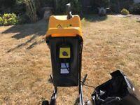 JCB GSB 1800watt Garden Shredder