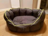 3 peaks dog bed basket