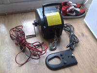 12V HEAVY DUTY BOAT WHINCH/WINCH WITH REMOTE,POWER LEADS &TOWBAR CLAMP