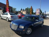 2010 Chrysler 300 Touring / EVERYONE APPROVED FINANCING!!!