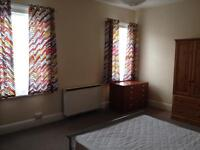 House with 3 spacious double rooms to let