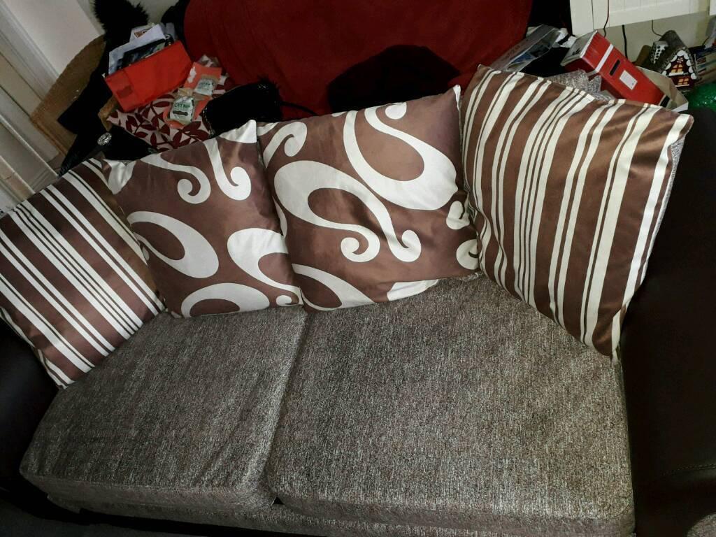 3 seater sofa never used