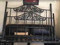 Metal double bed fram