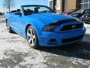 2013 Ford Mustang 5L (CONVERTIBLE)
