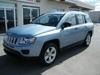 2013 Jeep Compass Sport/North 4X4 **EVERYONE APPROVED**