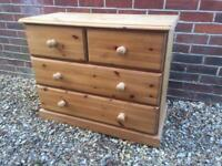 Solid chunky pine chest of drawers. Dovetail Joints. Tongue and groove. Quality build