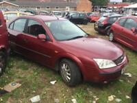 Ford Mondeo 1.8 petrol five door spares or repairs short MOT drives okay Bargain cheap car