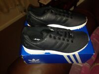 Ladies adidas trainers brand new size 5 never worn selling due to too late sending back