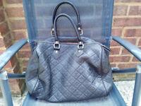 Louis Vuitton,female handbag