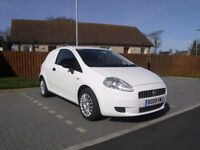 LOVELY GRANDE PUNTO DIESEL VAN with LOW MILES & FULL MOT and ELEC PACK, AIR-CON etc & GIVES 60MPG