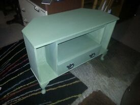 chalk painted green tv table