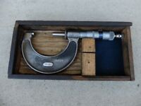 Moore & Wright Micrometer No 966 Boxed