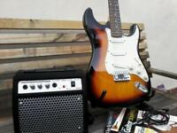 fender squier stratocaster + amp