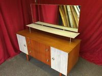 WOODEN VINTAGE DRESSING TABLE WITH MIRROR,CAN DELIVER