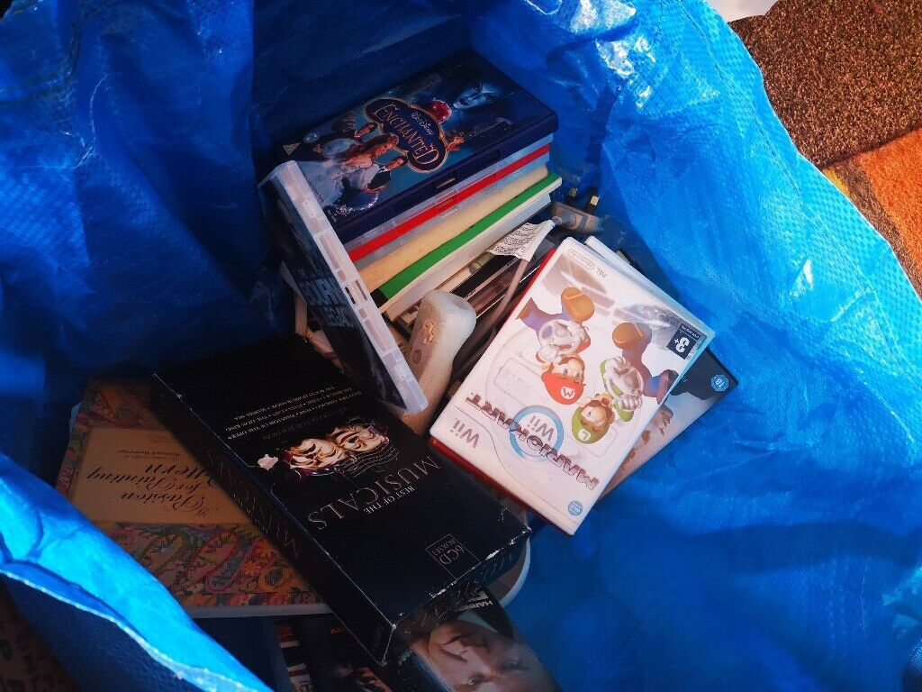CLEARING OUT! 20 framed prints, crystal, china, DVD's Nintendo Wii + Games-  Collect whole lot-£40 | in Perth, Perth and Kinross | Gumtree