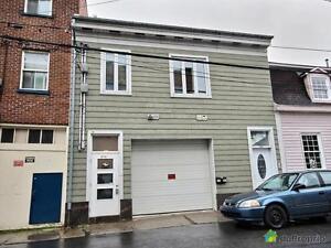 314 999$ - Duplex à vendre à Saint-Sauveur