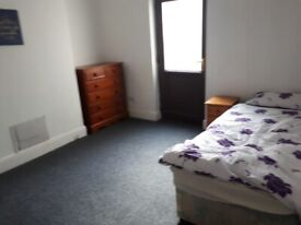 ***DOUBLE ROOM AVAILABLE***GROUND FLOOR***FREE WIFI***ALL BENEFITS ACCEPTED***