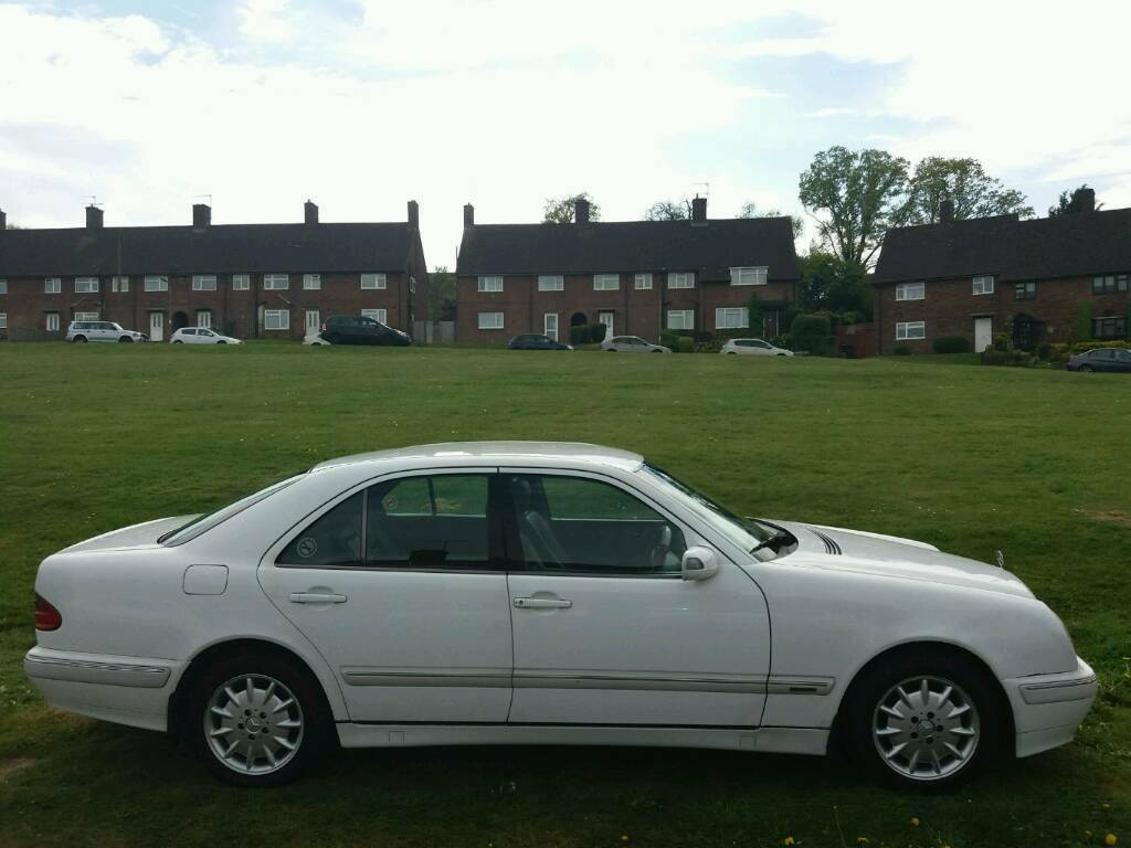 mercedes e220 cdi elegance rare 6 speed manual w210 in chesham buckinghamshire gumtree. Black Bedroom Furniture Sets. Home Design Ideas