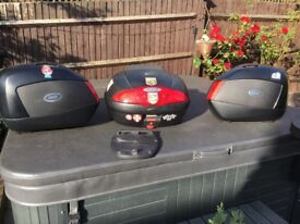 Givi boxes and back box