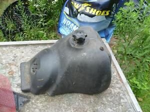 1994-1997 skidoo f 2000 chassis gas tank with cap